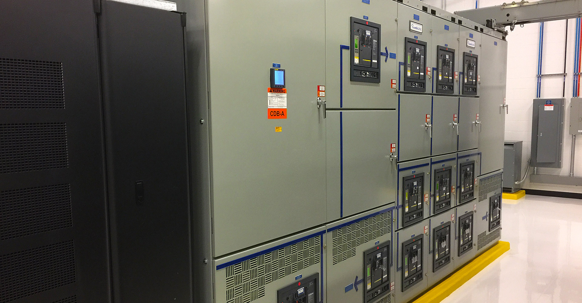 Cost-efficient and environment-friendly critical power solutions